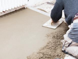 Штукатурка пола цементным раствором порошковая краска по бетону купить