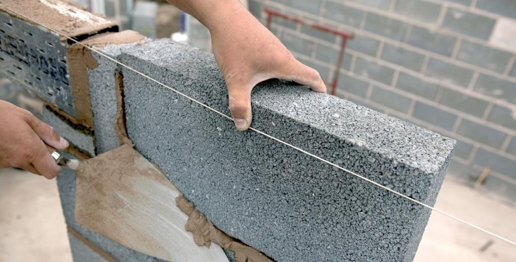 Керамзитобетон или газобетон для перегородок растворы цементные кладочные технические характеристики